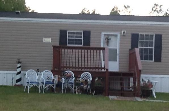 616 DianneWhite porch 20150804a 4in150ppi